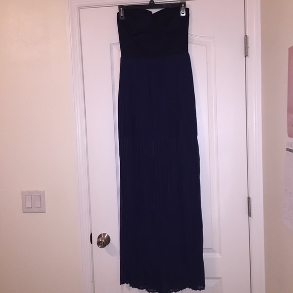 Dresses & Skirts - Navy maxi with slit and chiffon overlay